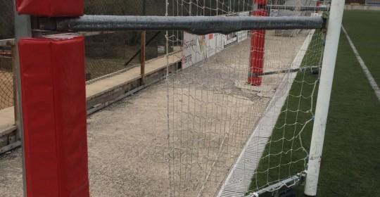 Prevenir riscos de lesions greus en els nostres camps de futbol
